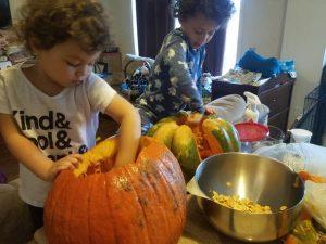 pumpkincarvingkids